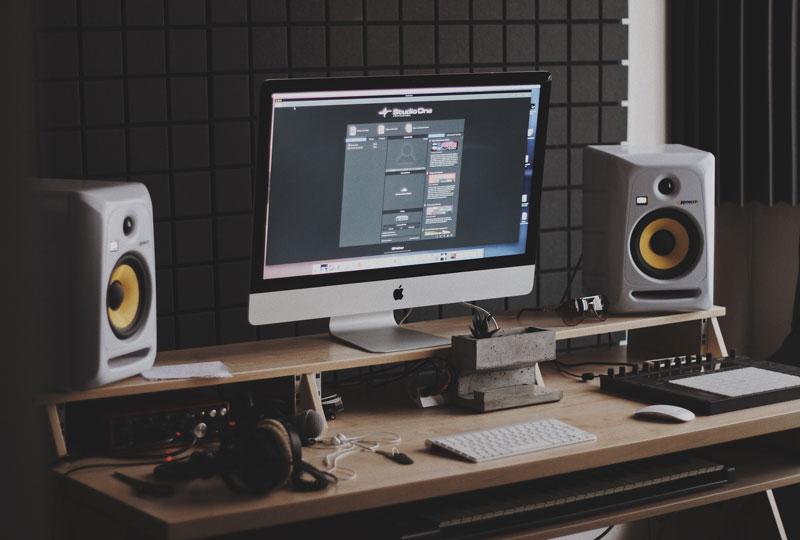 monitores de estudio en home studio